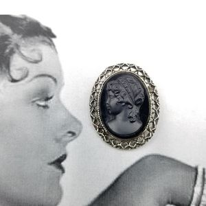 Vintage Whiting and Davis Black Cameo Brooch